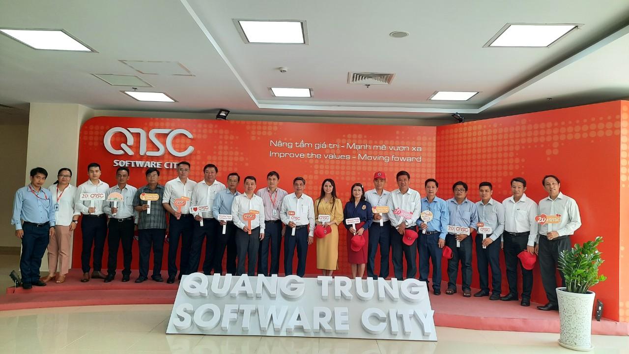 Đoàn lãnh đạo tỉnh Hậu Giang thăm và làm việc tại Công viên phần mềm Quang Trung