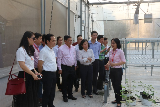 doan-cong-tac-tham-quan-agriculture-center-of-excellence