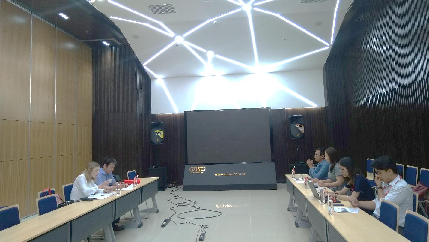 Đoàn IBPC Osaka làm việc với đại diện Liên minh VNITO